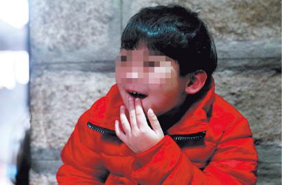 郑州军海癫痫医院 -高烧引发癫痫,9岁女孩上学难