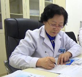 昆明军海癫痫医院刘凤清主任:温暖是可以传递的,每个人感受到的温度也是自己散发的温度!